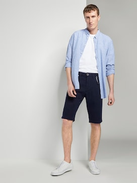 Chino shorts with a keychain - 3 - TOM TAILOR