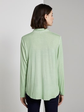 Blouse top met sierknoopsluiting - 2 - TOM TAILOR