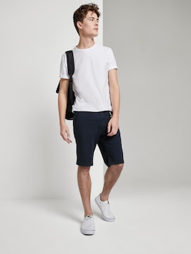 Slim Chino Shorts mit Schlüsselanhänger - 3 - TOM TAILOR Denim