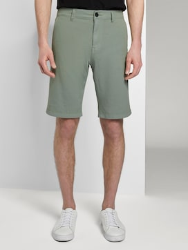 Slim Chino shorts with a key chain - 1 - TOM TAILOR Denim