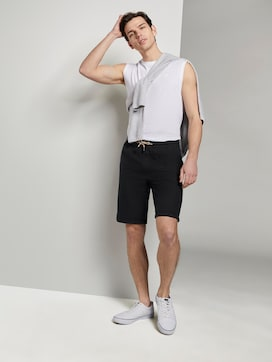 Structured shorts in a jogger fit - 3 - TOM TAILOR Denim
