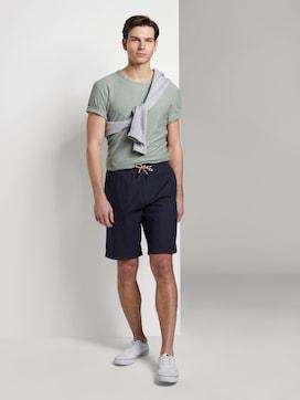 Strukturierte Shorts im Jogger-Fit - 3 - TOM TAILOR Denim