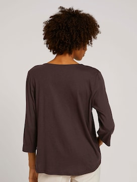 tunic blouse with a V-neckline - 2 - Mine to five