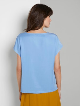 Simple blouse - 2 - Mine to five