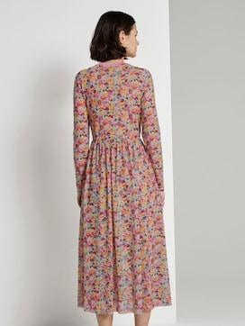 Gemustertes Midi-Kleid mit geripptem Ausschnitt - 2 - TOM TAILOR Denim