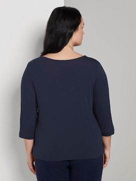 T-Shirt mit 3/4 Arm und V-Ausschnitt - 2 - My True Me