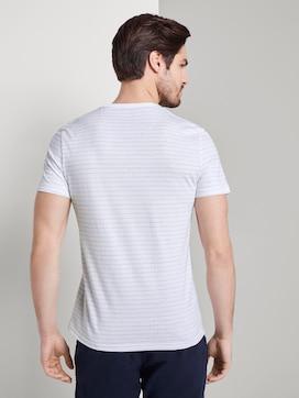 T-Shirt mit Strukturmuster - 2 - TOM TAILOR