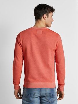 Coloured sweatshirt with a print - 2 - TOM TAILOR