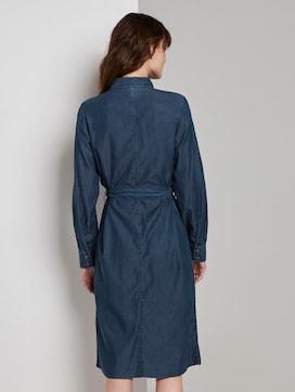 Denim dress with a tie belt - 2 - TOM TAILOR