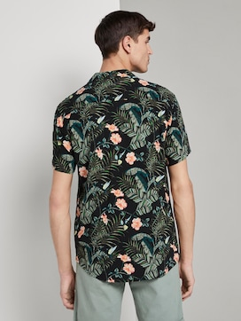 Short-sleeved Hawaiian shirt with a floral pattern - 2 - TOM TAILOR Denim