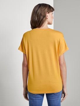 Basic T-shirt met V-hals - 2 - TOM TAILOR