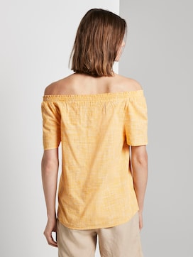 Short-sleeved blouse with a Carmen neckline - 2 - TOM TAILOR