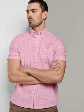 Short-sleeved shirt with a textured pattern and chest pocket - 5 - TOM TAILOR