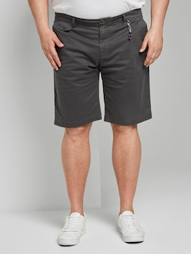 Josh regular slim chino shorts - 1 - Men Plus