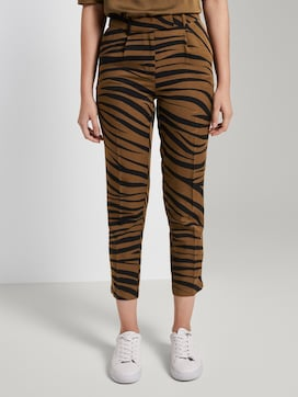 Tapered trousers in a zebra pattern - 1 - Mine to five
