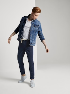 Slim Chino trousers with a belt and a fine pattern - 3 - TOM TAILOR Denim