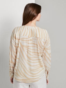 Flowing blouse with a zebra pattern - 2 - Mine to five
