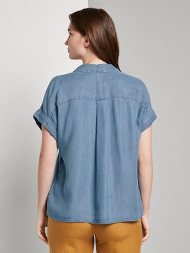 Oversized short-sleeved blouse in a denim look - 2 - Mine to five