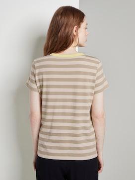 Striped T-shirt with a contrasting trim - 2 - TOM TAILOR Denim