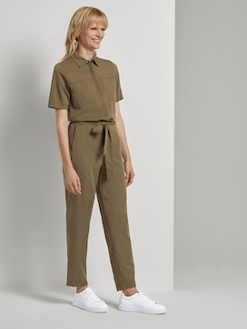 Utility jumpsuit with a tie belt - 5 - Mine to five