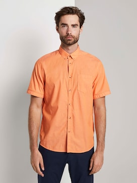 Simple short-sleeved shirt with a chest pocket - 1 - TOM TAILOR