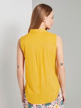 Mouwloze Henley blouse met zijsplitten - 2 - TOM TAILOR