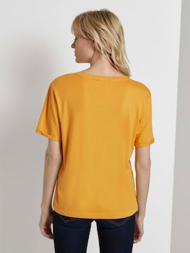 Losse T-shirt met klein borduursel - 2 - Mine to five