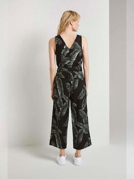 Sleeveless jumpsuit made of linen with a print - 2 - Mine to five