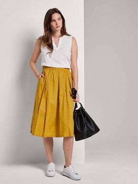 Flared midi skirt with an elastic waistband - 3 - Mine to five