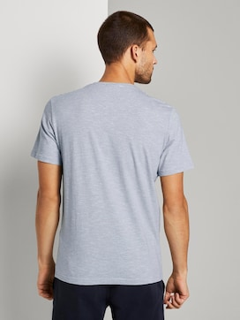 Striped T-shirt with a Henley neckline - 2 - TOM TAILOR