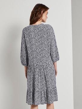 Nena & Larissa: Gemustertes Kleid mit Volants - 2 - TOM TAILOR