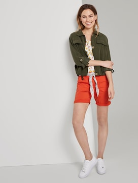 Chino Relaxed Bermuda-Shorts mit Bindegürtel - 3 - TOM TAILOR