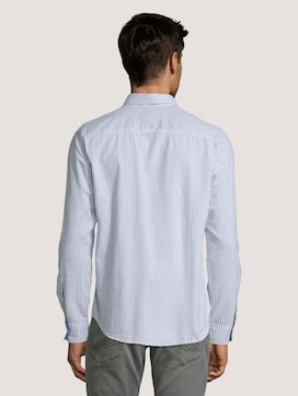 Striped shirt with a chest pocket - 2 - TOM TAILOR