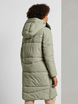 Puffer jacket with a seam pattern - 2 - Mine to five