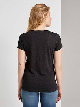 Gestreiftes T-Shirt mit kleiner Stickerei - 2 - TOM TAILOR Denim
