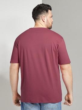 Schlichtes T-Shirt mit V-Ausschnitt - 2 - Men Plus