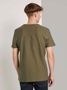Strukturiertes T-Shirt mit Brusttasche - 2 - TOM TAILOR Denim