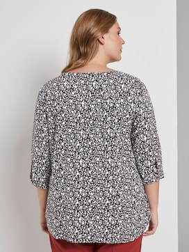 Blouse with a V-neckline - 2 - My True Me
