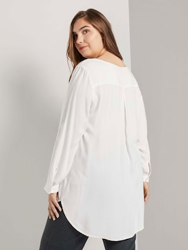 Long blouse with neckline details - 2 - My True Me