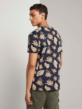 Patterned T-shirt with a chest pocket - 2 - TOM TAILOR Denim