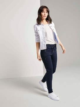 Loose-fit trousers with zip pockets - 3 - TOM TAILOR