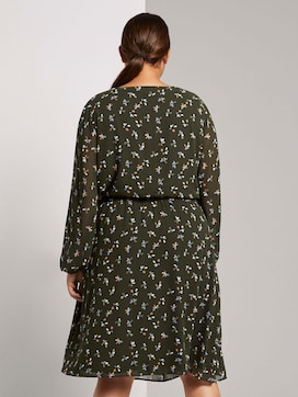 Midi dress with a floral pattern in a wrap look - 2 - My True Me