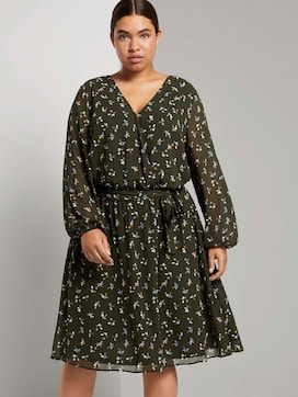 Midi dress with a floral pattern in a wrap look - 5 - My True Me