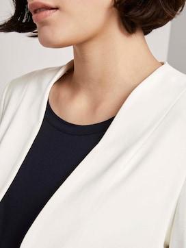 Collarless jersey blazer - 9 - Mine to five