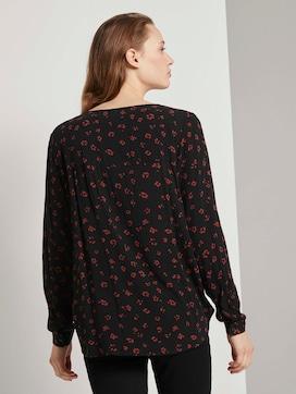 Patterned blouse with a V-neckline - 2 - TOM TAILOR Denim