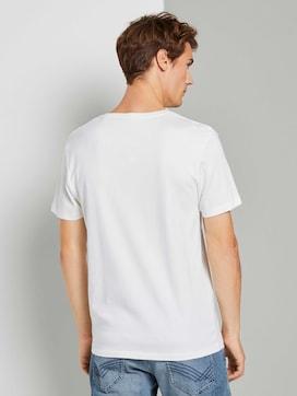 Basic Shirt mit V-Ausschnitt - 2 - TOM TAILOR