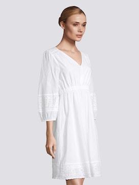 Kurzes Kleid mit Lochstickerei - 5 - TOM TAILOR