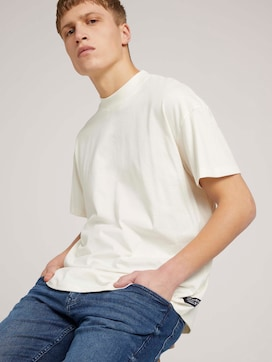 loose stand-up collar t-shirt made with organic cotton   - 5 - TOM TAILOR Denim