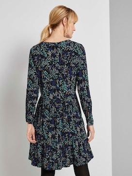 Gemustertes Kleid mit Volants - 2 - TOM TAILOR