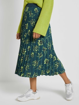 pleated midi skirt with a floral print - 1 - Mine to five